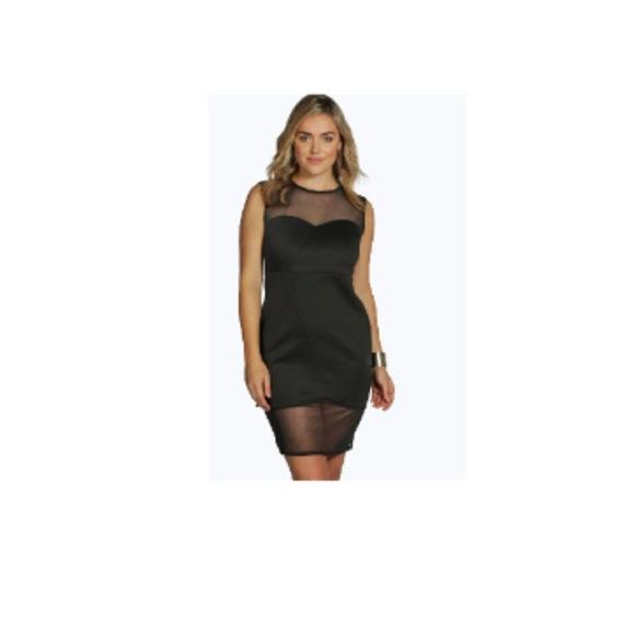 Boohoo Plus size little black dress NWT